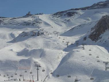 Pohled na rakouský skiareál Ischgl